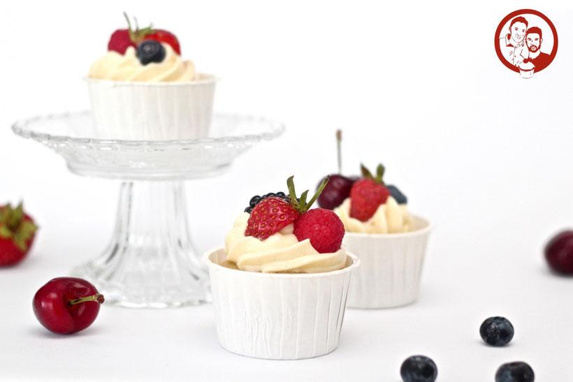 Cupcakes mit Früchten
