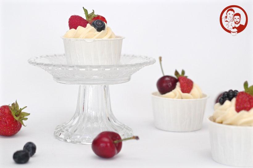 Cupcakes_Schoko_weiß_Früchte