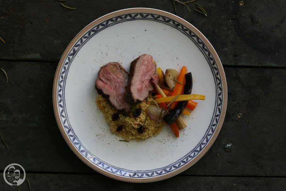 Lammlachse mit Couscous und Ofengemüse_Rezept_kochen